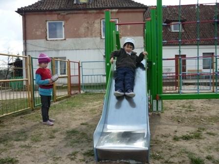 plac_zabaw_wiosna12